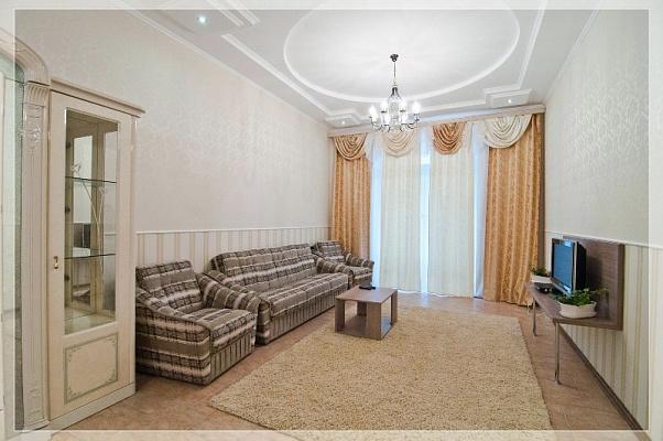 2-комнатная квартира посуточно в Харькове. Краснозаводской район, пл. Восстания, 2. Фото 1
