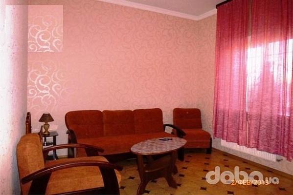 Дом  посуточно в Симферополе. Центральный район, ул. Севастопольская, 59. Фото 1