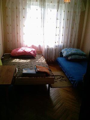2-комнатная квартира посуточно в Виннице. Ленинский район, ул. Шевченко, 40. Фото 1
