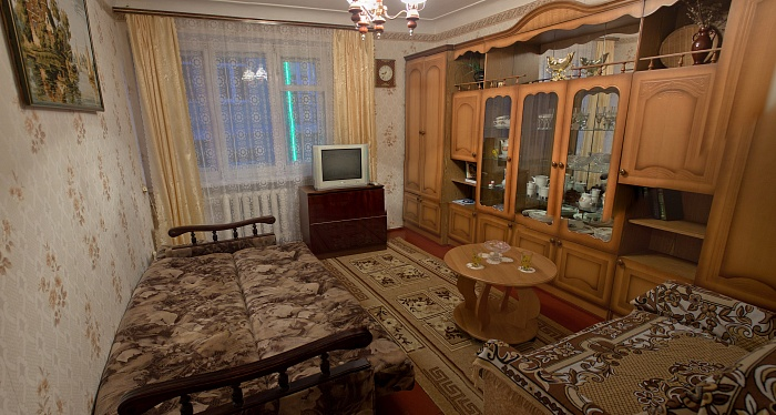 2-комнатная квартира посуточно в Алуште. ул. Ленина, 28. Фото 1