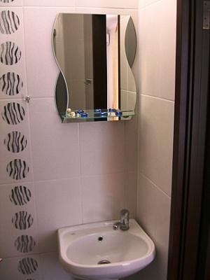 1-комнатная квартира посуточно в Симферополе. Железнодорожный район, ул. Спера, 33 А. Фото 1