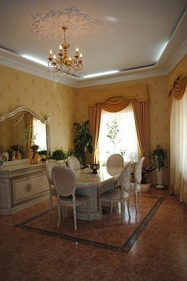 Дом  посуточно в Одессе. Приморский район, ул. Посмитного, 6. Фото 1