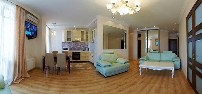 4-комнатная квартира посуточно в Одессе. Приморский район, ул. Греческая, 1а. Фото 1