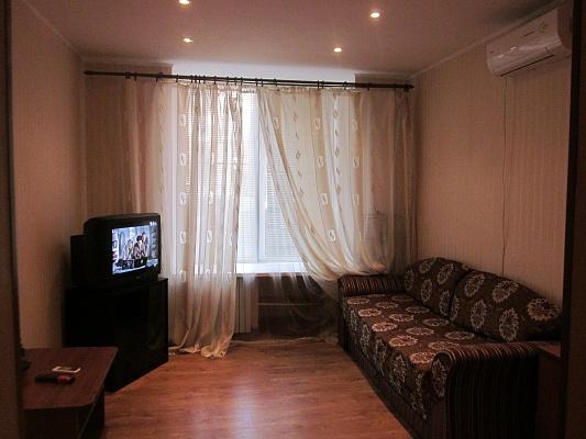 2-комнатная квартира посуточно в Одессе. Приморский район, Коблевская, 42. Фото 1