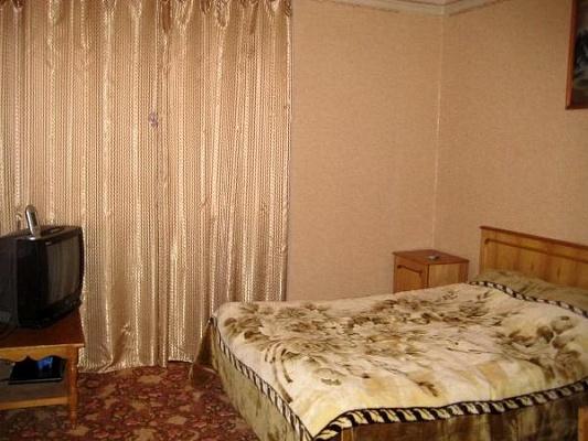 Мини-отель  посуточно в Каменце-Подольском. ул. Октябрьская, 25. Фото 1