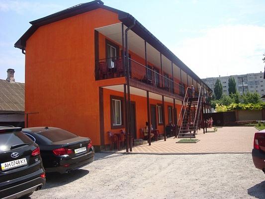 Мини-отель  посуточно в Бердянске. ул. Розы Люксембург, 78. Фото 1