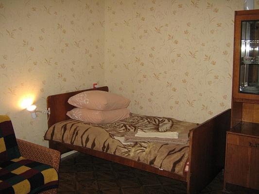 1-комнатная квартира посуточно в Каменце-Подольском. ул. Жукова, 11. Фото 1