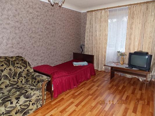 1-комнатная квартира посуточно в Горловке. ул. Победы, 66. Фото 1