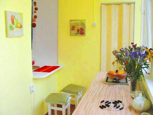 1-комнатная квартира посуточно в Ялте. ул. Массандровская. Фото 1
