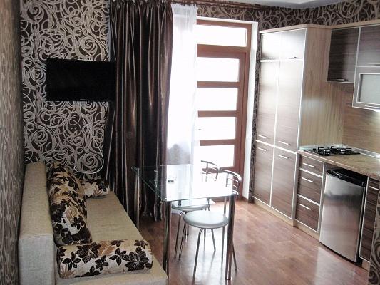 Мини-отель  посуточно в Евпатории. ул. Кирова, 82. Фото 1