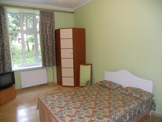 1-комнатная квартира посуточно в Львове. Галицкий район, ул. Коцюбинского, 27. Фото 1