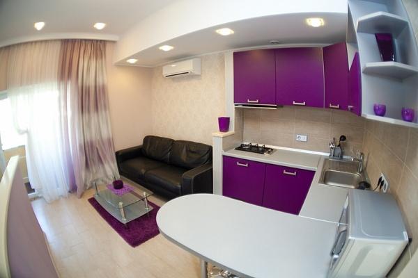 1-комнатная квартира посуточно в Одессе. Киевский район, ул. Абрикосовая, 43. Фото 1