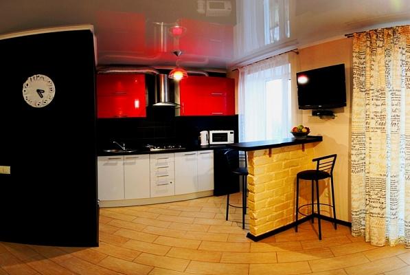 2-комнатная квартира посуточно в Николаеве. Заводской район, ул. Московская, 54 А. Фото 1