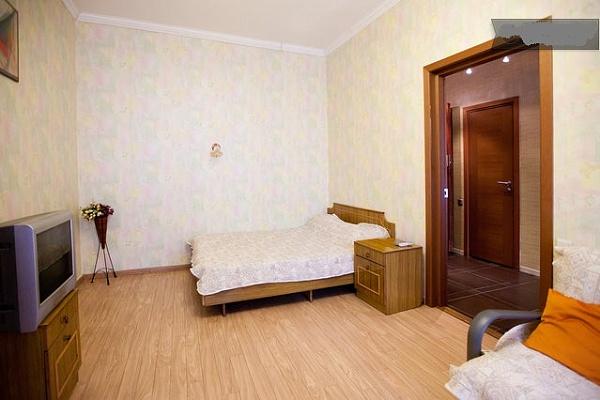 1-комнатная квартира посуточно в Одессе. Приморский район, ул. Екатерининская, 34/36. Фото 1