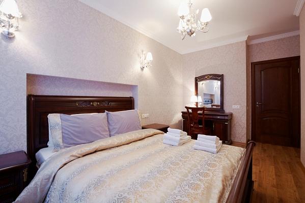 2-комнатная квартира посуточно в Львове. Галицкий район, ул. Краковская, 15. Фото 1
