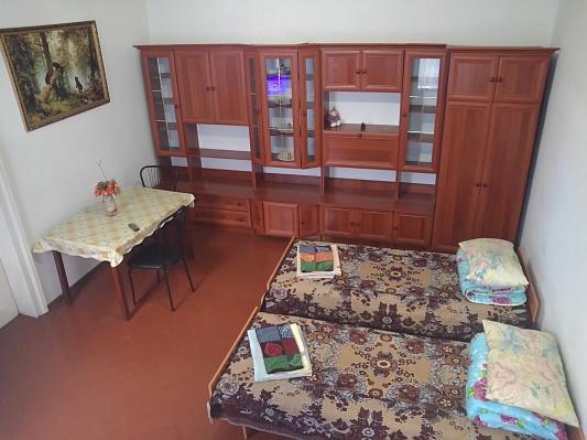 2-комнатная квартира посуточно в Черновцах. Первомайский район, ул. Челюскинцев, 14. Фото 1