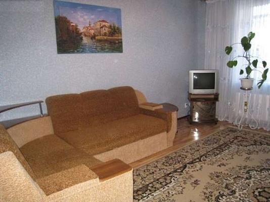 1-комнатная квартира посуточно в Сумах. Заречный район, ул. Лебединская, 12. Фото 1