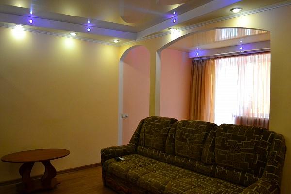 1-комнатная квартира посуточно в Одессе. Приморский район, ул. Генуэзская, 20. Фото 1
