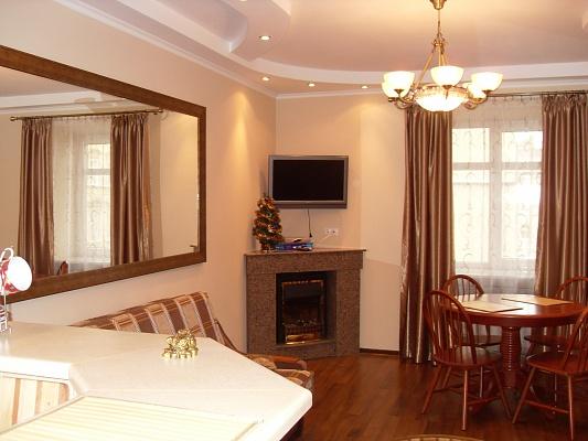 1-комнатная квартира посуточно в Львове. Галицкий район, ул. Театральная, 4. Фото 1