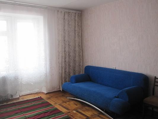 1-комнатная квартира посуточно в Бердянске. ул. Р. Люксембург, 50. Фото 1