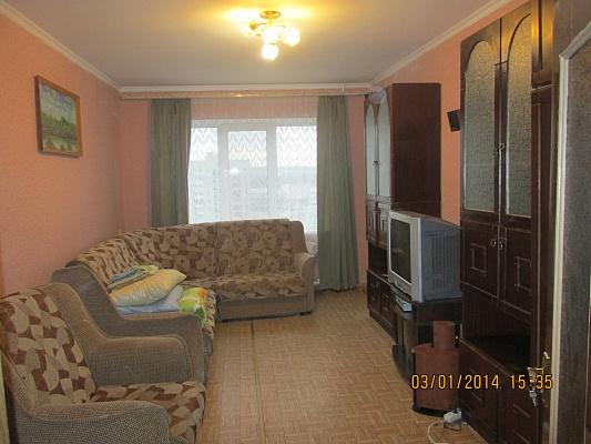 3-комнатная квартира посуточно в Симферополе. Киевский район, ул. Куйбышева, 31. Фото 1