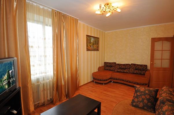 2-комнатная квартира посуточно в Тернополе. ул. Дружбы, 7. Фото 1
