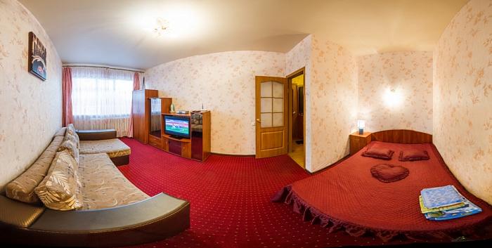 1-комнатная квартира посуточно в Харькове. Дзержинский район, ул. Ленина, 3. Фото 1
