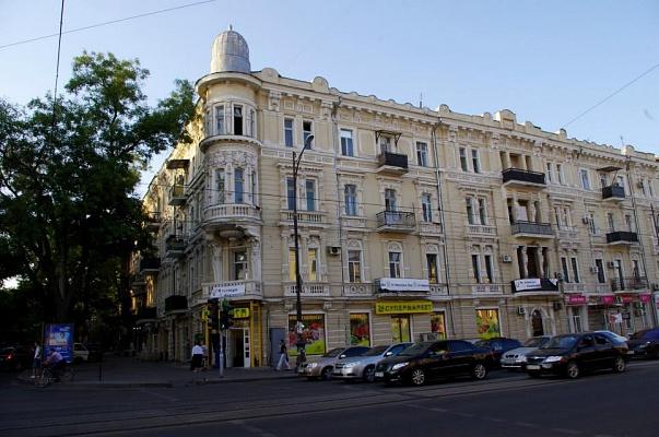 1-комнатная квартира посуточно в Одессе. Приморский район, ул. Новосельского, 91. Фото 1
