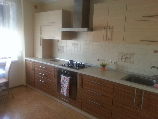 1-комнатная квартира посуточно в Одессе. Киевский район, ул. Черниговская, 9-в. Фото 1