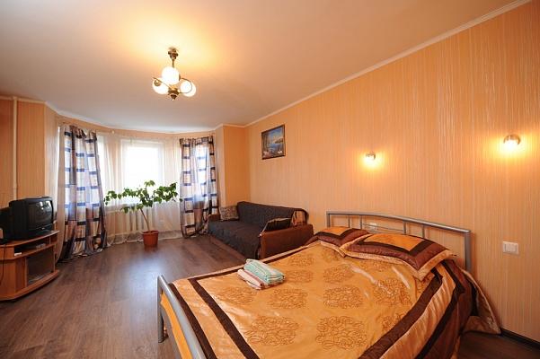 1-комнатная квартира посуточно в Киеве. Подольский район, ул. Межигорская, 43. Фото 1