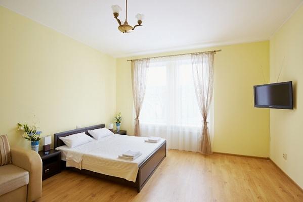 1-комнатная квартира посуточно в Львове. Галицкий район, пл. Даниила Галицкого, 15. Фото 1