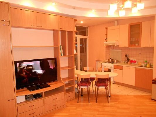 3-комнатная квартира посуточно в Киеве. Шевченковский район, ул. Прорезная, 5. Фото 1