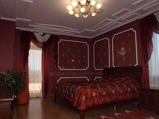 Дом  посуточно в Одессе. Киевский район, ул. Шишкина, 61. Фото 1