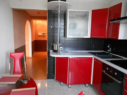 1-комнатная квартира посуточно в Житомире. ул. Мануильского, 3а. Фото 1