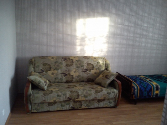 2-комнатная квартира посуточно в Борисполе. ул. Мичурина, 2. Фото 1