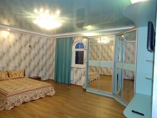 1-комнатная квартира посуточно в Херсоне. Суворовский район, ул. Соборная, 3. Фото 1