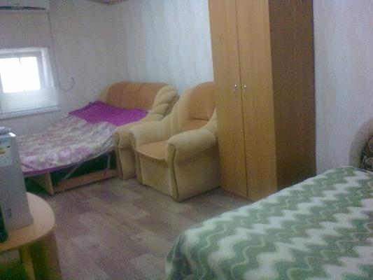 1-комнатная квартира посуточно в Феодосии. 5 Профсоюзный проезд, 24. Фото 1