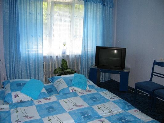 1-комнатная квартира посуточно в Луцке. пр-т Соборности, 32. Фото 1