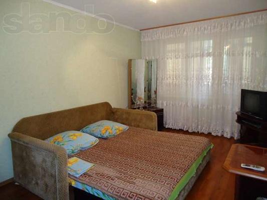 1-комнатная квартира посуточно в Николаеве. Центральный район, пр.Ленина, 177. Фото 1