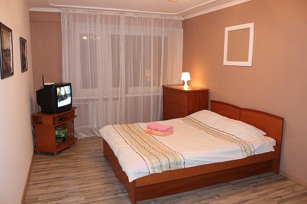 2-комнатная квартира посуточно в Львове. Галицкий район, пр-т Свободи, 6. Фото 1