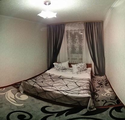 2-комнатная квартира посуточно в Белой Церкви. б-р 50 лет Победы, 80. Фото 1
