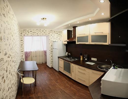 1-комнатная квартира посуточно в Николаеве. Центральный район, пр-т Ленина, 74а. Фото 1