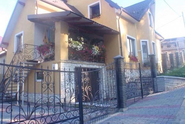 Дом  посуточно в Трускавце. ул. Леси Украинки, 1. Фото 1