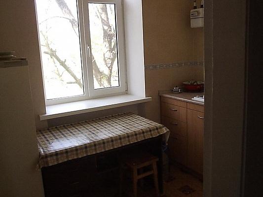 1-комнатная квартира посуточно в Бердянске. ул. Дюмина, 33. Фото 1