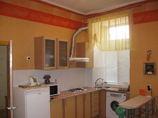 1-комнатная квартира посуточно в Одессе. Приморский район, ул. Садовая, 2. Фото 1