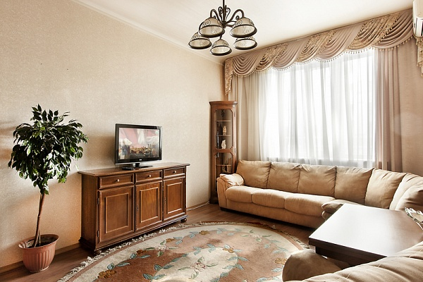 2-комнатная квартира посуточно в Киеве. Печерский район, б-р Леси Украинки, 6. Фото 1