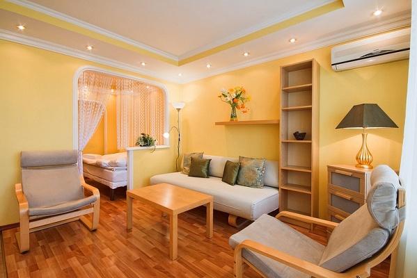 1-комнатная квартира посуточно в Харькове. Киевский район, ул. Сумская, 126. Фото 1