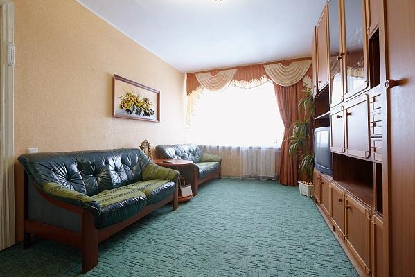 1-комнатная квартира посуточно в Львове. Галицкий район, пр-т Свободы, 6. Фото 1