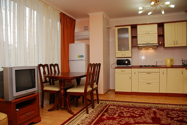 1-комнатная квартира посуточно в Киеве. Печерский район, б-р Леси Украинки, 7. Фото 1