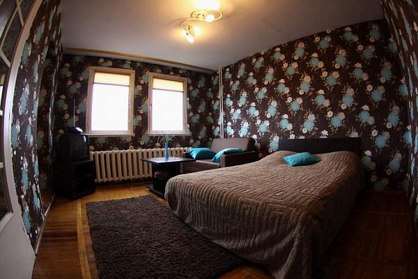 1-комнатная квартира посуточно в Черкассах. ул. Пастеровская, 11. Фото 1